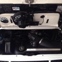 Detailing Motor Porsche - dupa